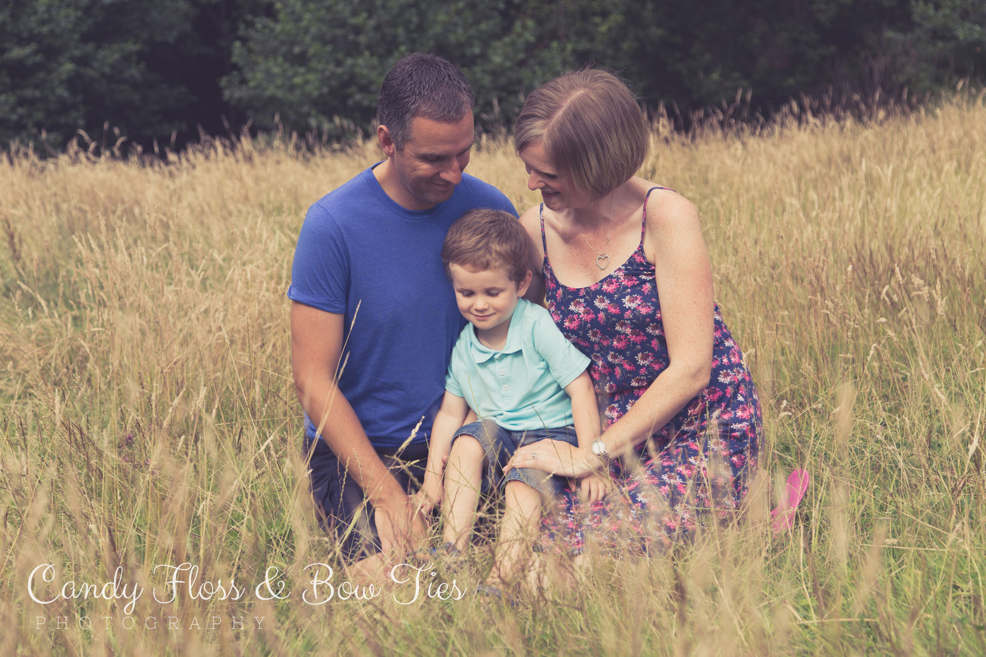 Oake-Family-Photoshoot-Tilgate-81©-Candy-Floss-and-Bow-Ties-Photography