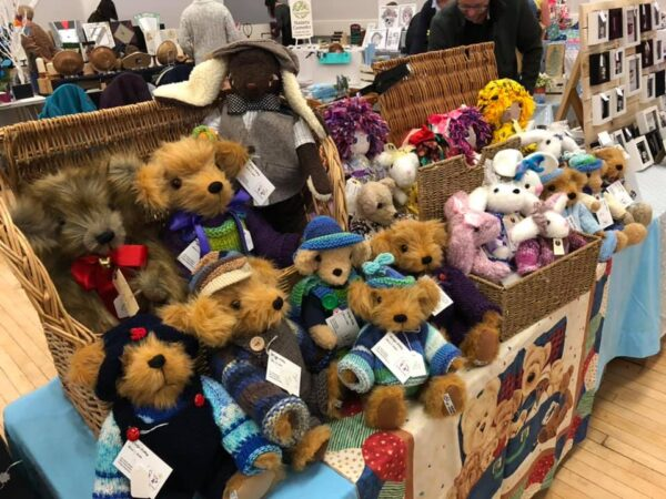 Marilyn Pelling Bears and Dolls